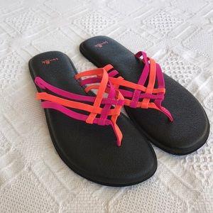 Sanuk Flip Flops Sandals Pink Orange Size 9